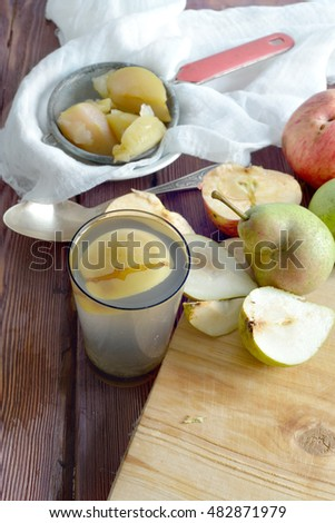 apple juice (compote) and sliced apples