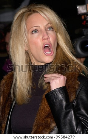 17APR2000: Actress HEATHER LOCKLEAR at the world premiere of U-571, in Los Angeles.  Paul Smith/Featureflash
