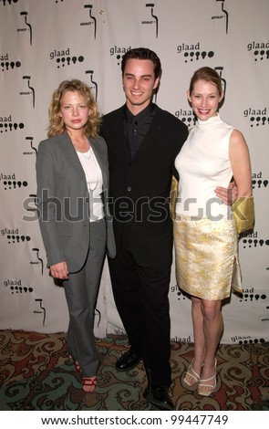 15APR2000: Dawson's Creek stars MICHELLE WILLIAMS (left), KERR SMITH & MEREDITH MONROE at the Gay & Lesbian Alliance Against Defamation (GLAAD) Awards in Los Angeles.  Paul Smith/Featureflash - stock photo