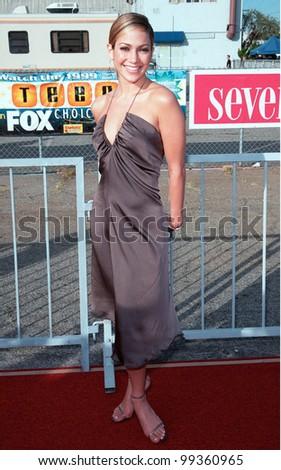 01AUG99: Actress JENNIFER LOPEZ at the 1999 Teen Choice Awards, in Santa Monica.  Paul Smith / Featureflash - stock photo