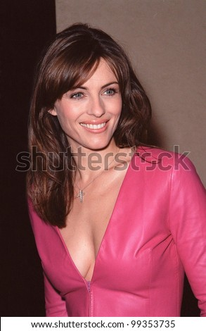 "17AUG99: Actress/model/producer ELIZABETH HURLEY at the Los Angeles premiere of her new movie ""Mickey Blue Eyes"" which stars her boyfriend Hugh Grant.  Paul Smith / Featureflash"