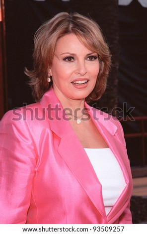 "10AUG99: Actress RAQUEL WELCH at the Los Angeles premiere of  ""Bowfinger"" which stars Eddie Murphy & Steve Martin.  Paul Smith / Featureflash - stock photo"