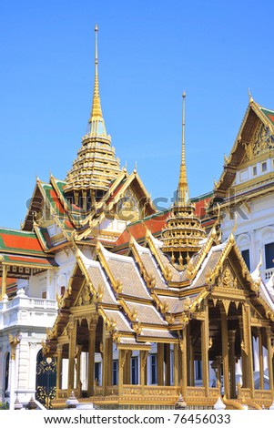 Bangkok's  famous landmark was built 1782. The grand palace conclud several impressive buildings including Wat Phra Kaeo (Temple of the Emerald Buddha) - stock photo
