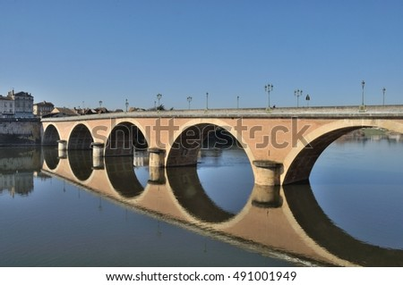 Bergerac, bridge on Dordogne river