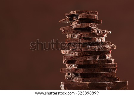 Chocolate bar / chocolate background/ raisin chocolate / chocolate tower