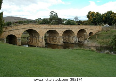 1823 convict-built bridge, Richmond, Tasmania, Australia