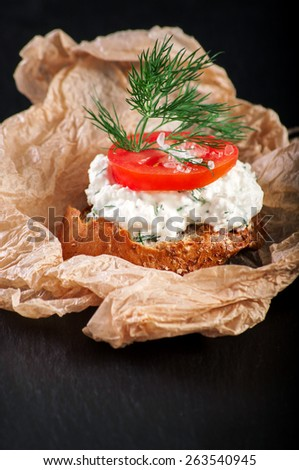 crouton with curd and tomato