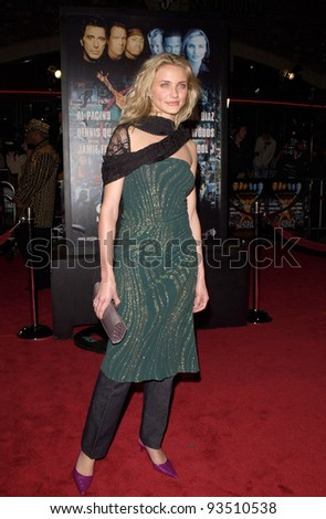 "16DEC99: Actress CAMERON DIAZ at the world premiere, in Los Angeles, of her new movie Oliver Stone's ""Any Given Sunday"" in which she stars with Al Pacino & Dennis Quaid.  Paul Smith / Featureflash - stock photo"