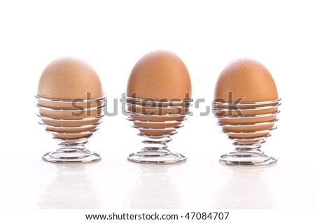 3 Eggs in cups