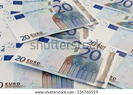 20 euro notes covering the whole picture