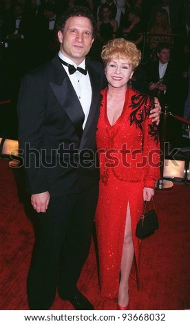 09FEB97:  Actress DEBBIE REYNOLDS & director ALBERT BROOKS at the  American Comedy Awards.         Pix: PAUL SMITH