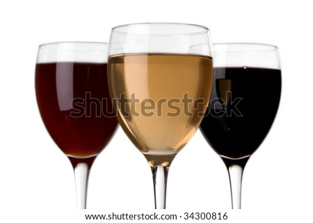 glass of white wine and glass of red wine