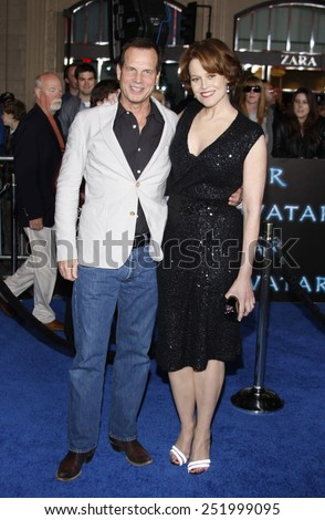 "16/12/2009 - Hollywood - Bill Paxton and Sigourney Weaver at the Los Angeles Premiere of ""Avatar"" held at the Grauman's Chinese Theater in Hollywood, California, United States.   - stock photo"