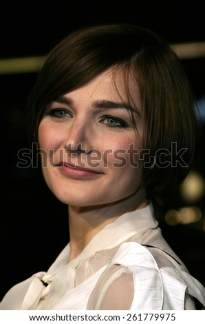 """03/23/2005 - Hollywood - Heather Burns at the """"Miss Congeniality 2: Armed and Fabulous"""" Premiere at the Chinese Theatre. - stock photo"""