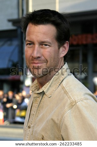"04/04/2005 - Hollywood - James Denton at the ""Sahara"" Premiere at the Grauman's Chinese Theater. - stock photo"