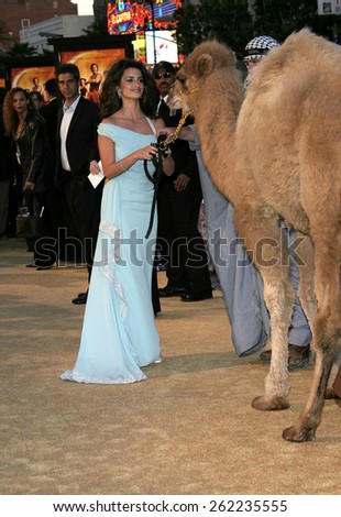 "04/04/2005 - Hollywood - Penelope Cruz at the ""Sahara"" Premiere at the Grauman's Chinese Theater. - stock photo"