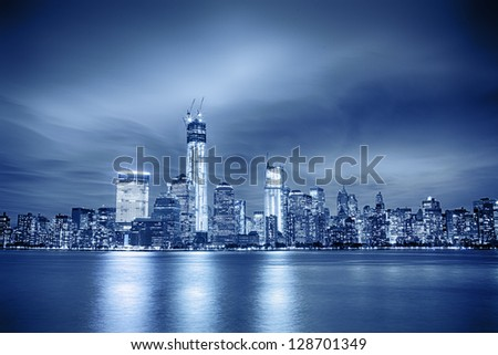 Image of the Manhattan skyline, blue toned.