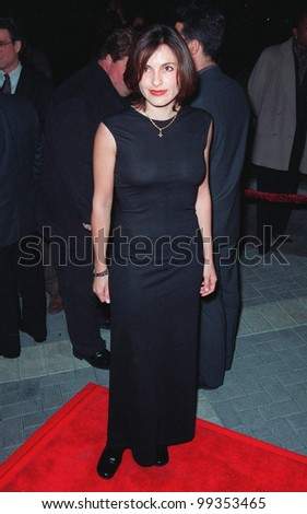 "28JAN99:  ""ER"" star MARISHKA HARGITAY at the world premiere, in Los Angeles, of ""Payback"" which stars Mel Gibson, Maria Bello, Deborah Kara Unger & Lucy Liu.  Paul Smith / Featureflash"