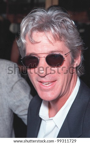 "25JUL99: Actor RICHARD GERE at the Los Angeles premiere of his new movie ""Runaway Bride"" in which he stars with Julia Roberts.  Paul Smith/ Featureflash"