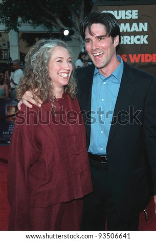 "13JUL99:   ""Dharma & Greg"" star THOMAS GIBSON & wife at the world premiere, in Los Angeles, of  ""Eyes Wide Shut"".  Paul Smith / Featureflash"
