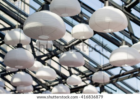 glass ceiling essays Men and women have existed jointly in the society this existence is strengthened by the united states constitution which stipulates that both men and women are equal.
