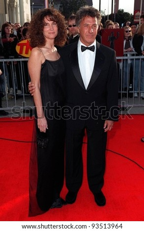 08MAR98:  Actor DUSTIN HOFFMAN & wife LISA at the Screen Actors Guild Awards in Los Angeles.