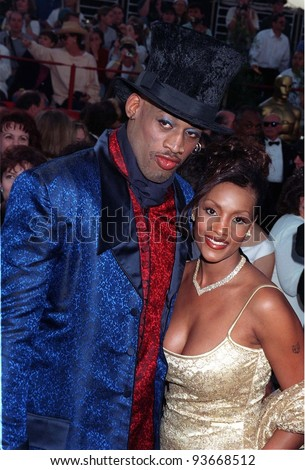 24MAR97:  DENNIS RODMAN & girlfriend at the Academy Awards. Pix: PAUL SMITH