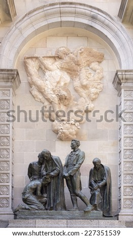 Monument to the martyrs of 1809. It honors the memory of men executed during Napoleonic occupation (Sculptors:Josep Llimona i Bruguera,Vicenc Navarro i Romero) Barcelona.Spain - stock photo