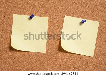 note papers on cork board