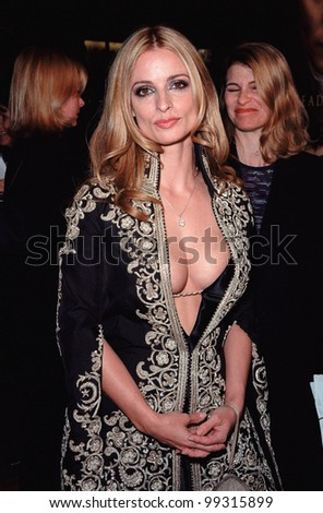 "17NOV99:  Actress LISA MARIE at the world premiere, in Hollywood, of her new movie ""Sleepy Hollow"" in which she stars with Johnny Depp & Christina Ricci.  Paul Smith / Featureflash - stock photo"