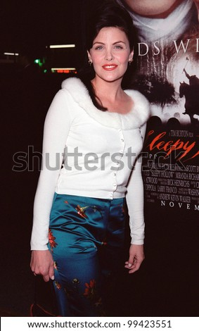 "17NOV99:  Actress SHERILYN FENN at the world premiere, in Hollywood, of  ""Sleepy Hollow"" which stars Johnny Depp & Christina Ricci.  Paul Smith / Featureflash - stock photo"