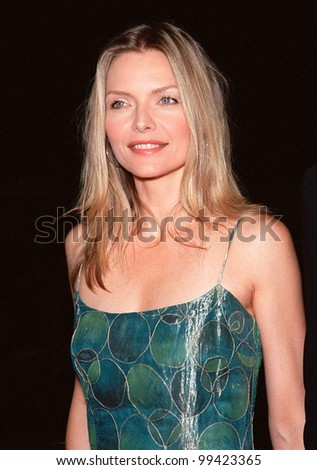 """13OCT99:  Actress MICHELLE PFEIFFER at the Los Angeles premiere of """"The Story of Us"""" in which she stars with Bruce Willis.  Paul Smith / Featureflash - stock photo"""