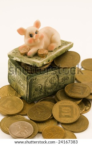 pigs chest as a symbol of the accumulation of money