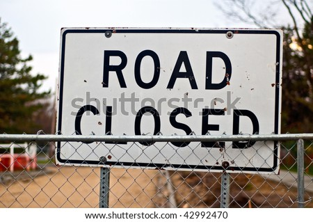 """""""Road closed"""" sign in front of the road construction - stock photo"""