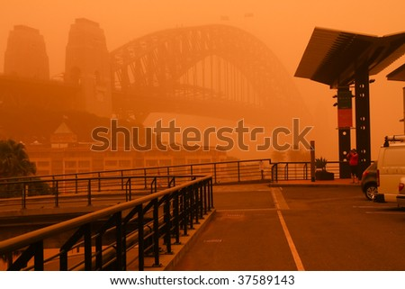 23 Sept 2009: Sydney, Australia, covered in a blanket of dust during an extreme dust storm. - stock photo