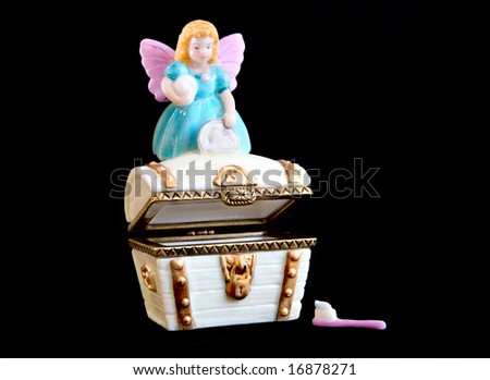 tooth fairy porcelain chest - for baby teeth