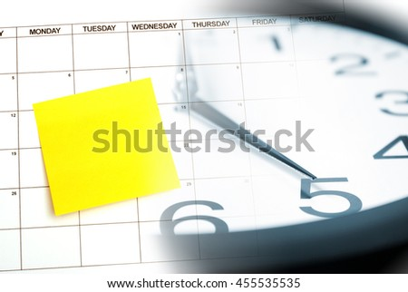 A blank sticky note for your text on a calendar as a reminder.