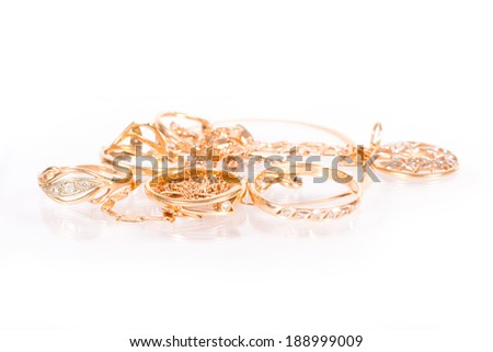 a bunch of jewelry rings and chains