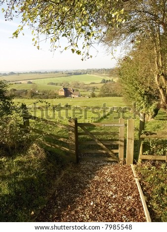 A gate and footpath on the monarchs way long distance footpath Tardebigge Worcestershire. - stock photo