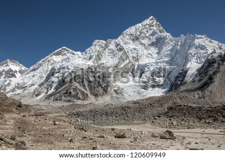 A group of tourists on the trek at the foot of Mt. Everest (8848 m) - Nepal, Himalayas