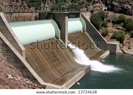 A Hydro-electric dam on the Feather River located along Highway 70 between Oroville and Quincy in northern California. hydro-electric  in California. - stock photo