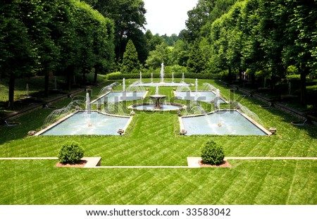 a italian garden design in a botanical garden usa