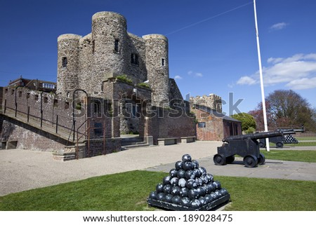 A landscape view of Rye Castle Ypres Tower showing Canon and Canonballs - stock photo