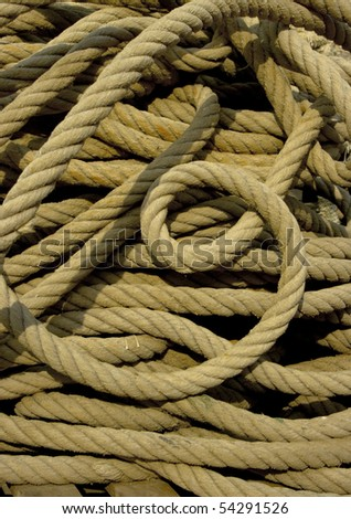 A length of rope coiled up