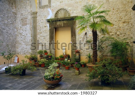 A look inside an Italian patio in the village Borgo.