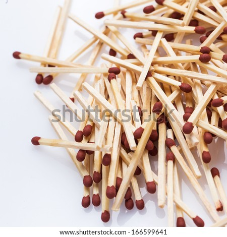A lot of matchsticks on the table