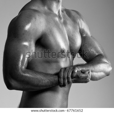 a male bodybuilder flexing his muscles