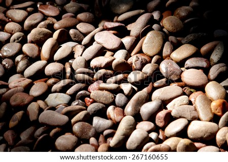 A pebbles background & texture
