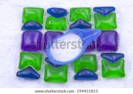 a pile of liquid laundry detergent sachets