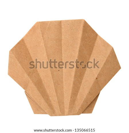 A sea shell paper isolated white